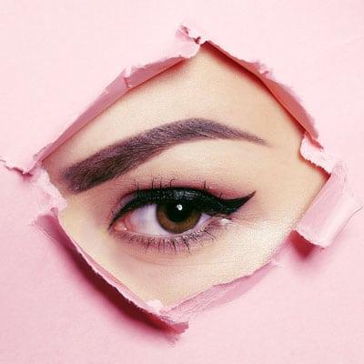 Nazorg eyeliner gedurende 5 tot 10 dagen